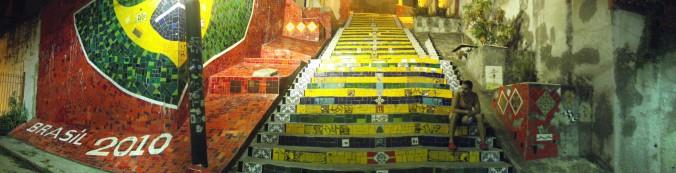 Vista panorámica de la escalera de Selarón en Río de Janeiro